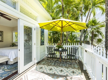 Bed and Breakfast Key West - Jacaranda Room at Old Town Manor