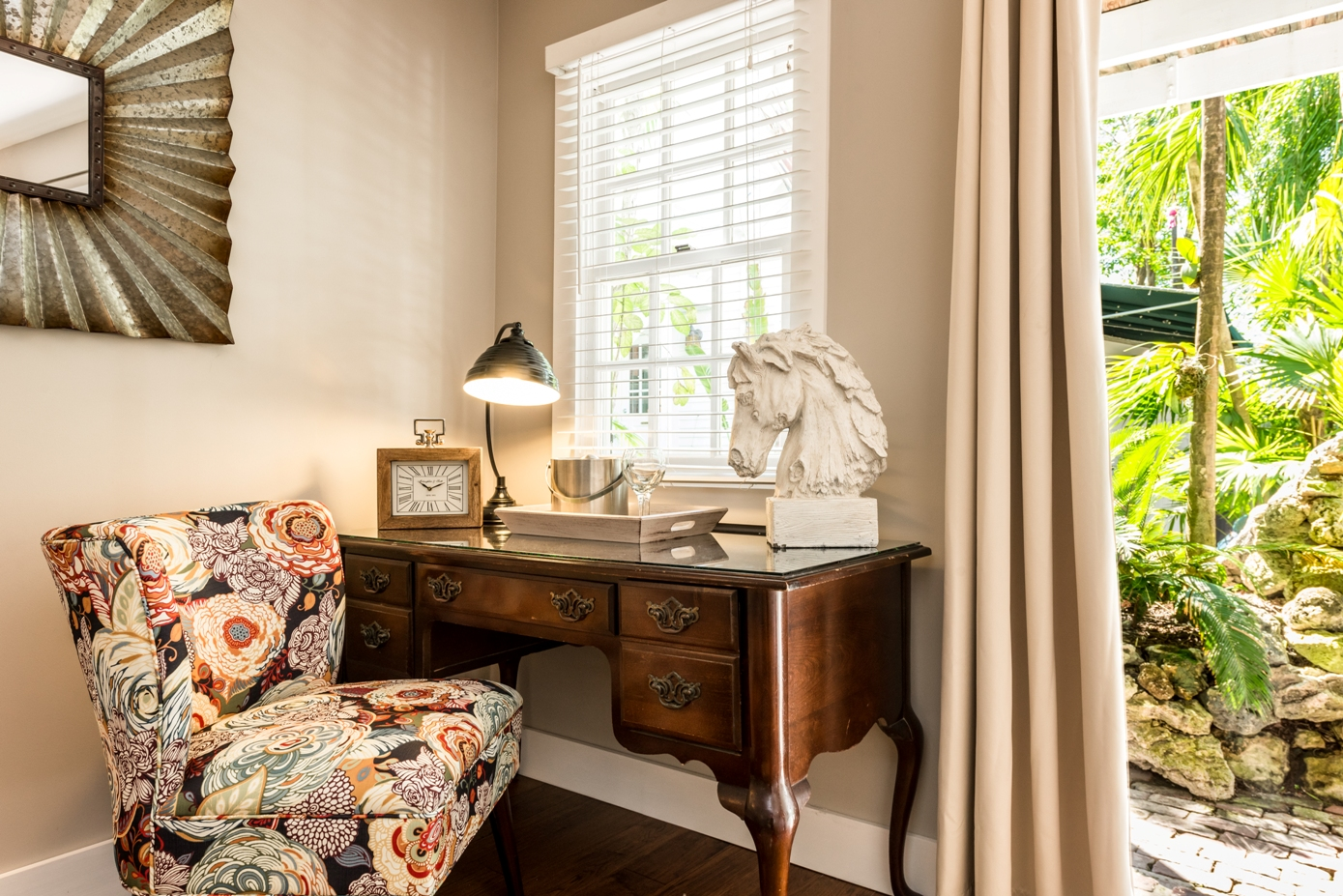 Key West Lodging - Saratoga Suite at Old Town Manor