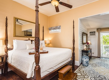 Key West B&B - Anniversary Suite at Old Town Manor