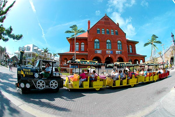 top 10 things to do in key west - conch train