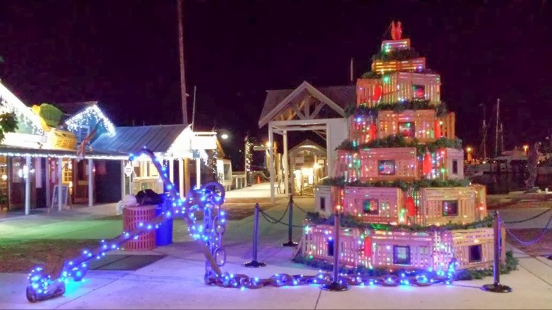 Key West Dog Friendly Harbor - Lobster Trap Christmas Tree Key West