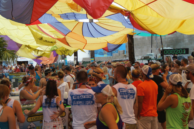 key west summer events - battle of the bars